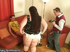 Fat mature loves to be filmed and fucked