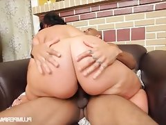 Cute n curvy exotic bbw swallows big black cock