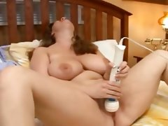 Bbw on bed with dildo