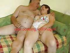 Mature exhibitionist couple playing and wanking..