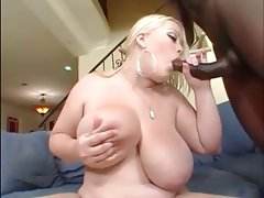 Hot phatt white bitch pleasures the bbc