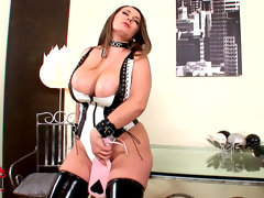 Chubby babe in leather constance devil masturbates
