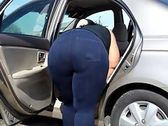 Phat booty bbw car wash