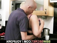 Engaged guy bangs bbw at the kitchen